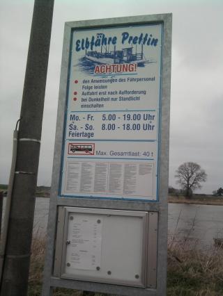 04-07; Elbe; Dommitzsch; Stellplatz an der Fähre 05