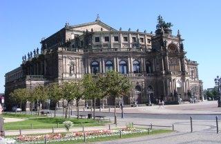 04-09; Dresden; Semperoper; von Peter