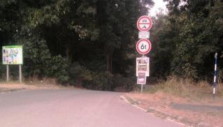 08-10; Podebrady; Einfahrt zum Campingplatz 02