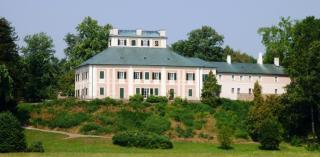 08-15; Ceska Skalice; Ratiborice; Schlossanlage