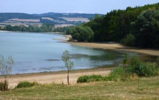 08-16; Serec; See von gegenüber 01