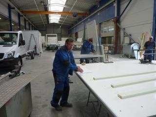 2016-05-26; Arbeiten am Aufbau bei Willenbrock 06; Günter