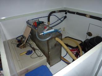 Trinkwassertanks mit Befüllung und Entlüftung