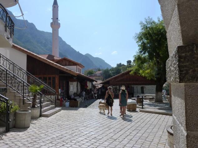 Eingang nach klein Tirol