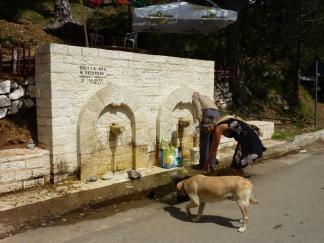 Überall Trinkwasser direkt aus dem Berg