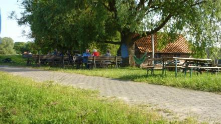 Das kleine Cafe