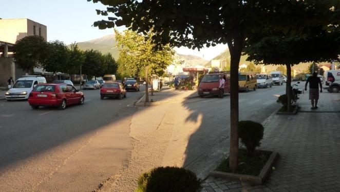 Furgons und Markt - Albanien live