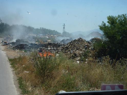 Der erste Kilometer hinter der Grenze in Mazedonien
