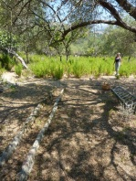 Zerschlagene Bewässerungsrinnen