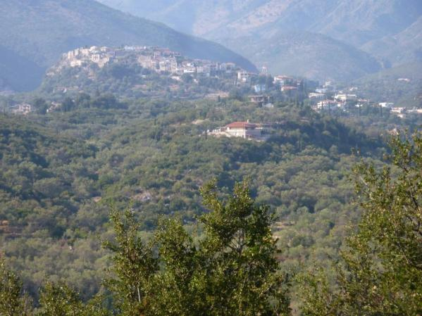 Die Burg oberhalb von Himare