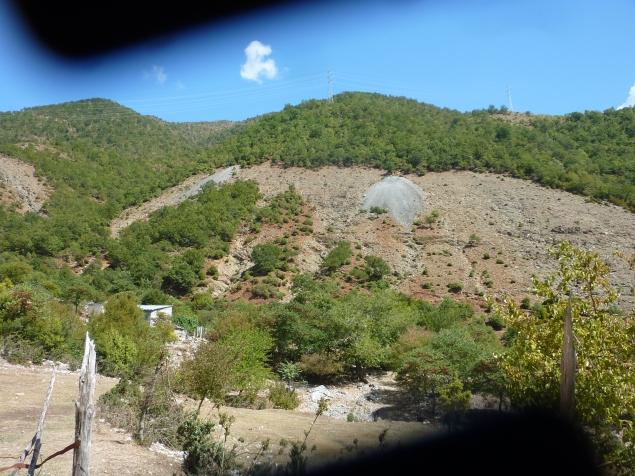 Illegaler Abbau von Bodenschätzen?
