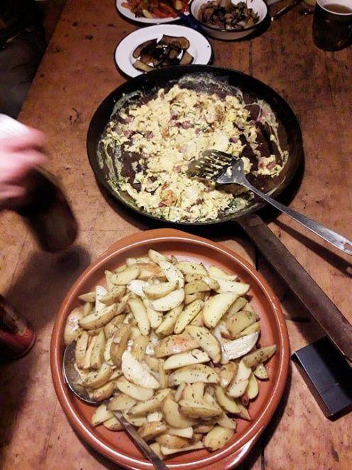 Rührei mit Bratkartoffeln