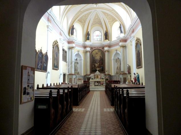 Prächtiges Kirchenschiff